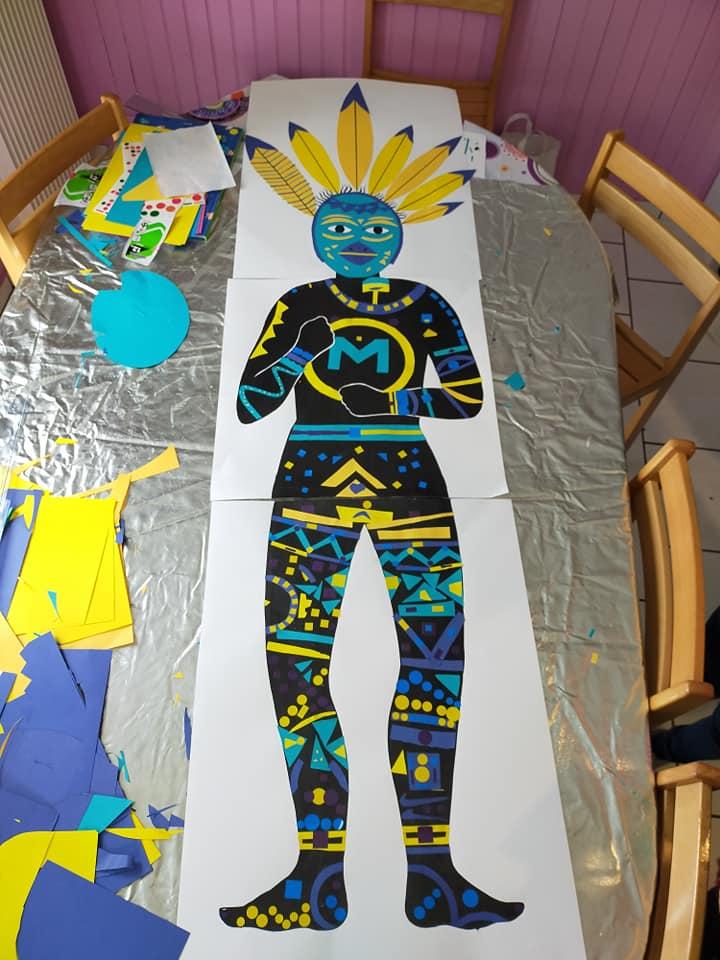 Le géant fait par les enfants du Village de Clairefontaine